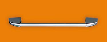 """Descriere Bara antipanica SLASH ALU consta intr-o bara transversala din aluminiu anodizat cu un conector intern ce actioneaza mecanismele de control pentru a activa incuietoarea Deschidere reversibila dreapta stanga Aplicabila usilor una sau doua canate Disponibil pentru usile PROGET/UNIVER/REVER si altor tipuri de usi antipanica Bara transversala este confectionata din aluminiu extrudat anodizat cu o sectiune de imbinare eliptica 40 x 20 mm si o lungime de 1150 mm Mecanismele de control sunt din otel galvanizat cu capace din nylon, din care unul este prevazut cu marcajul """"IESIRE"""" pentru a indicat pozitia incuietorii Mecanismul antipanica/antifoc este pentr cilindrii profil EURO Controalele externe constau intr-un maner tip """"U"""" sau tip buton din inox AISI 304 si o placa de montaj din aliaj de aluminiu cromat Capacele si sildurile sunt cromate trivalent /></p> </p> <p><strong class="""
